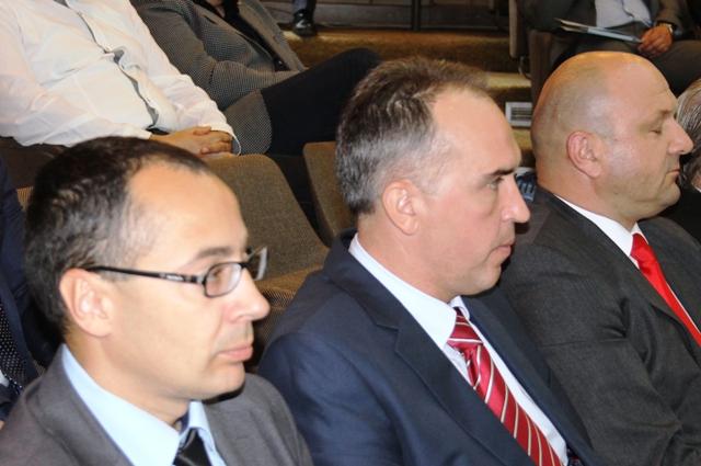 Smenjeni na stranačkim organima: Stanković (levo) i Janjić (skroz desno). Foto D. Dimić, VranjeNews