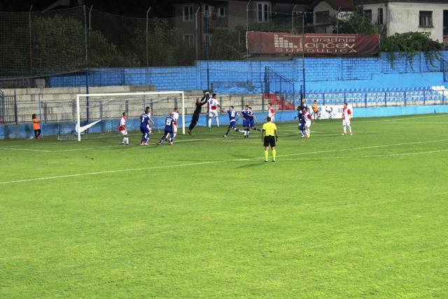 Ekipa Radnika bez šansi u Subotici pred početak plej-auta. Foto VranjeNews