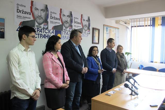 Funkcioneri DS u Vranju. Foto VranjeNews