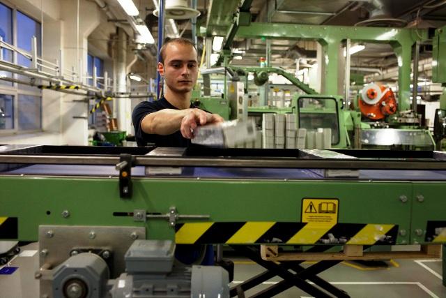 Tehnološka inovacija GLO otvara nova radna mesta. Foto VranjeNews