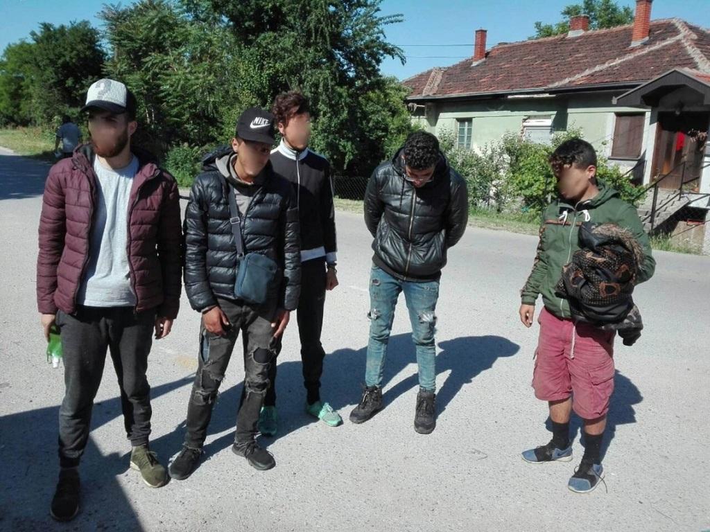 Palestinci putovali ka BiH. Foto Uprava carina