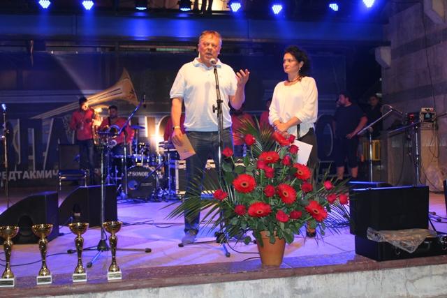 Predsednik SO Surdulica Novica Tončev na Vlasinskom letu. Foto VranjeNews