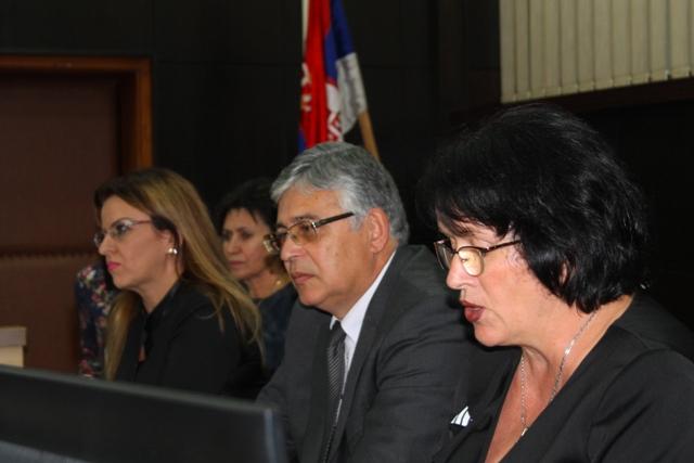 Dragana Ilić Marković sa saradnicima. Foto VranjeNews