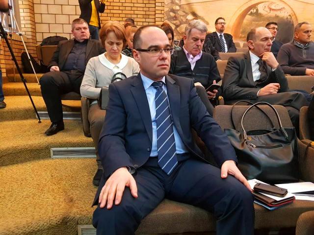 Preuzimam punu odgoovrnost za budući rad preduzeća: Stojančić na današnjoj sednici parlamenta. Foto VranjeNews