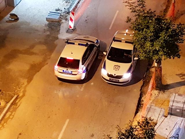 Policija blokirala deo grada u kome je pronađena sumnjiva naprava. Foto ilustracija VranjeNews