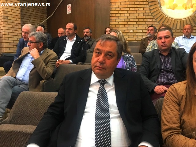 Zamereno mu na lošoj higijeni u gradu, on tvrdi da je smena lični hir: Momir Stojilković. Foto VranjeNews
