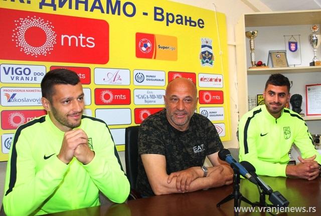 Pobeda najsigurnija opcija: Antić, Ožegović i Pavišić na konferenciji za medije. Foto VranjeNews