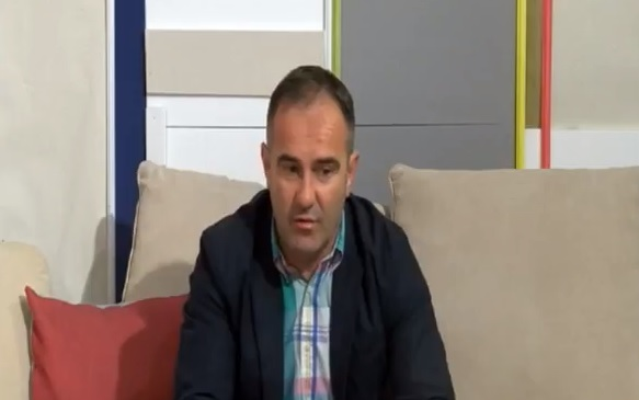 Potvrđen mu odbornički mandat: Nebojša Cvetković. Foto printscreen Youtube (RTV)
