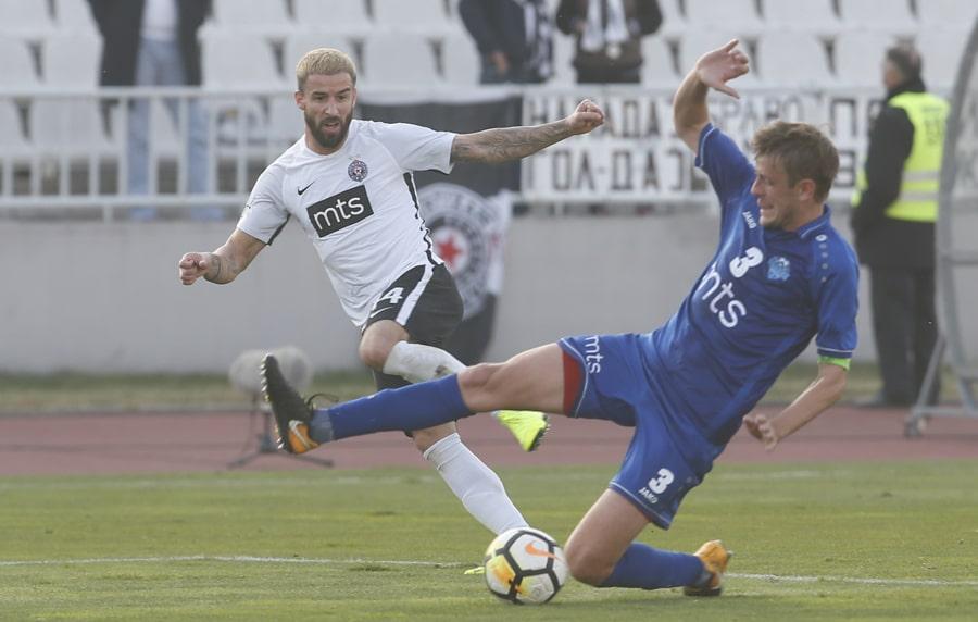 Duel u jednom od prethodnih mečeva dve ekipe. Foto FK Partizan