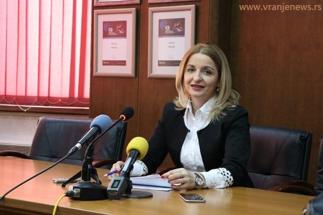Gradska većnica Zorica Jović na današnjoj konferenciji za medije. Foto Vranje News