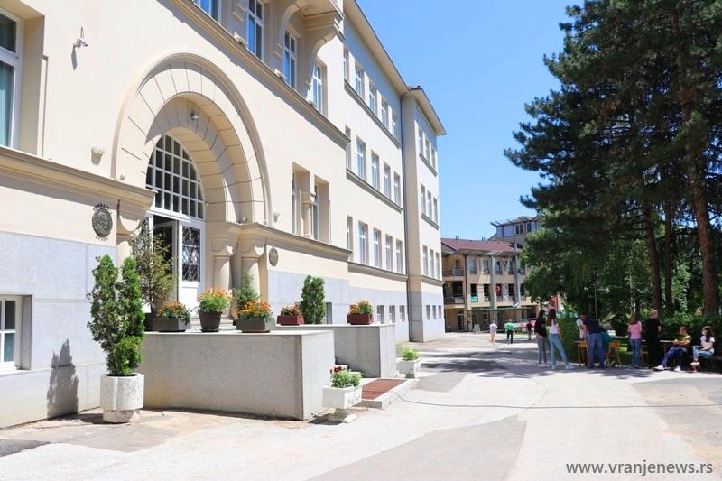Počeo upis u Gimnaziju Bora Stanković. Foto Vranje News