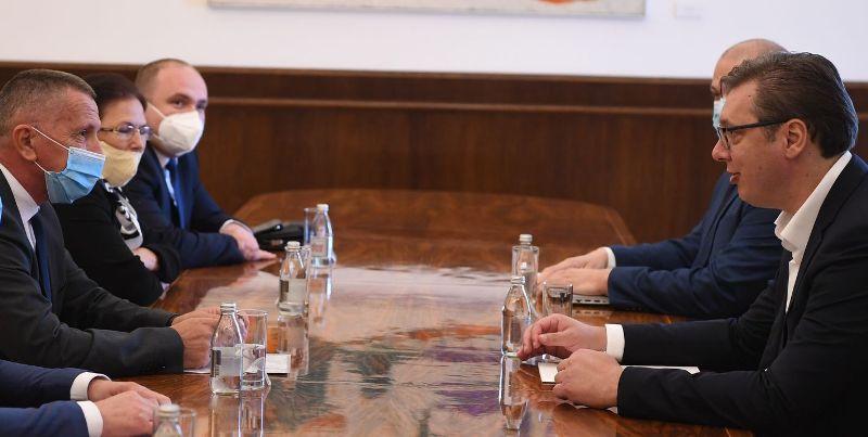 Foto predsednik.rs