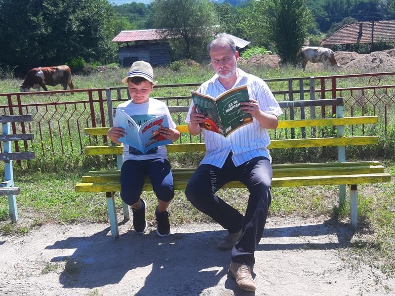 Dejanović sa učenikom Gavrilom Popovićem. Foto lična arhiva