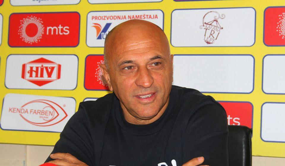 Najavio borbu za vrh tabele, ako Dinamo obezbedi prava pojačanja: Dragan Antić. Foto Vranje News