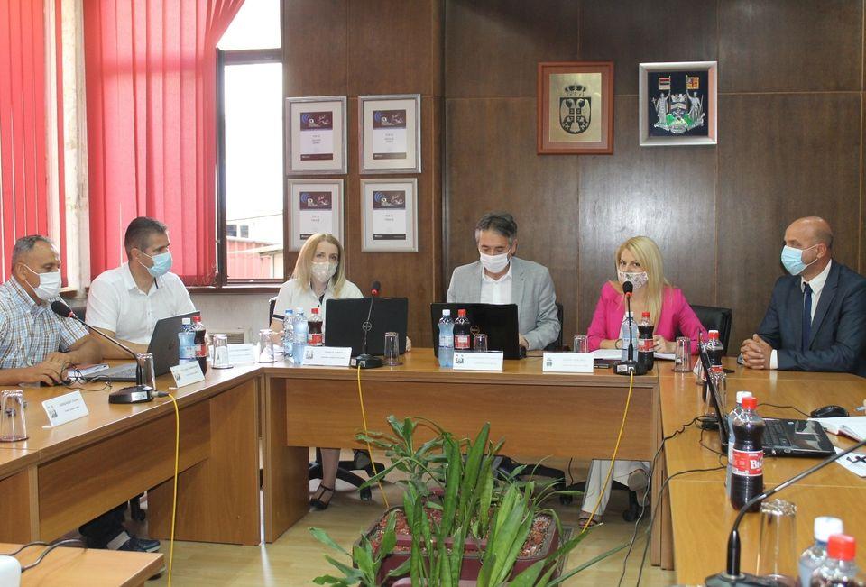 Veće u petak i o predlozima za finansijsku pomoć grada kod vantelesne oplodnje. Foto www.vranje.org.rs