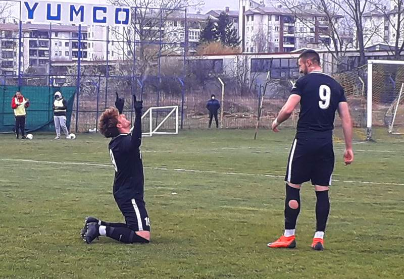 Dejan Tumbas posle drugog gola za Dinamo. Foto FK Dinamo