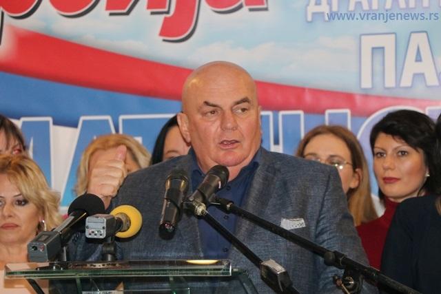 Dragan Marković Palma na delegatima izborne skupštine Aktiva žena JS u Vranju u martu prošle godine. Foto Vranje News