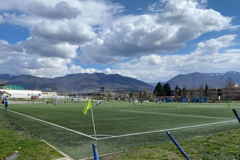 Stadion lidera u Velikom Trnovcu. Foto FK Ternoci