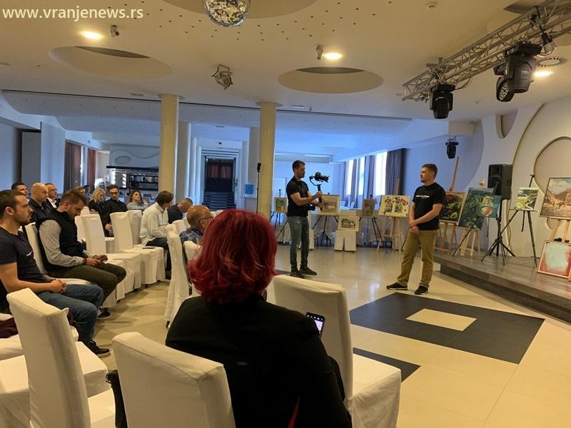 Sa aukcije za Marka Stankovića. Foto Vranje News