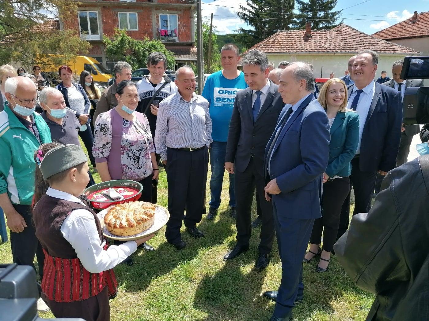 Foto ilustracija: Krkobabić prilikom obilaska vranjskih sela u maju ove godine. Foto vranje.rs