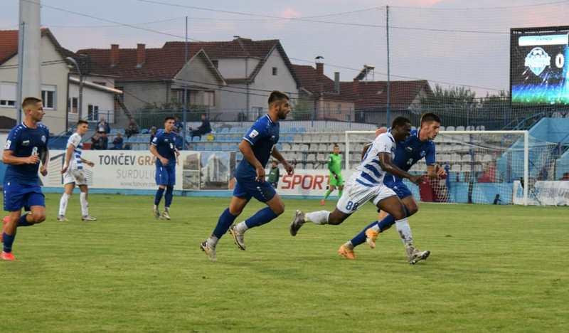 Detalj sa utakmice u Surdulici. Foto FK Radnik