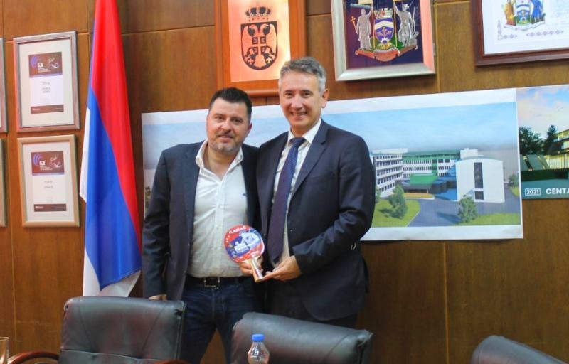 Karakašević sa gradonačelnikom Vranja. Foto vranje.rs
