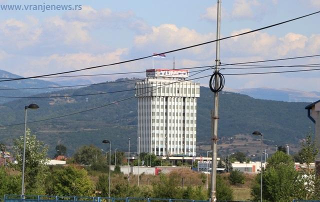 Yumco prizosi jedan od učesnika na tenderu. Foto Vranje News