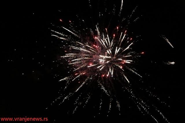 Vatromet nakon proglašenja misica. Foto VranjeNews