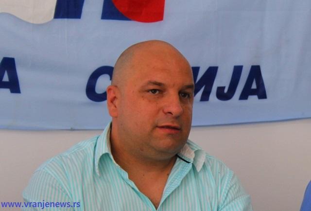 Petrušević tvrdi da socijalisti masovno prelaze u Novu Srbiju. Foto VranjeNews