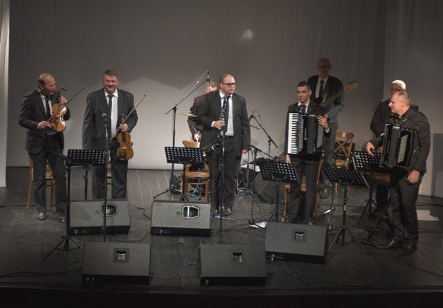 Narodni orkestar Vlade Panovića. Foto Vranje News
