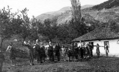 Kola su se o Đurđevdanu igrala na Pržaru i Šapranačkom ridu. Foto Fejsbuk grupa
