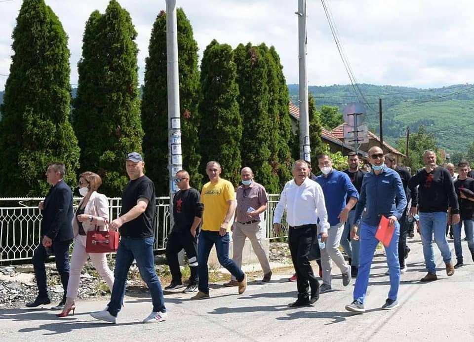 Tri kilometra peške do Alakinca. Foto Fejsbuk profil Novice Tončeva