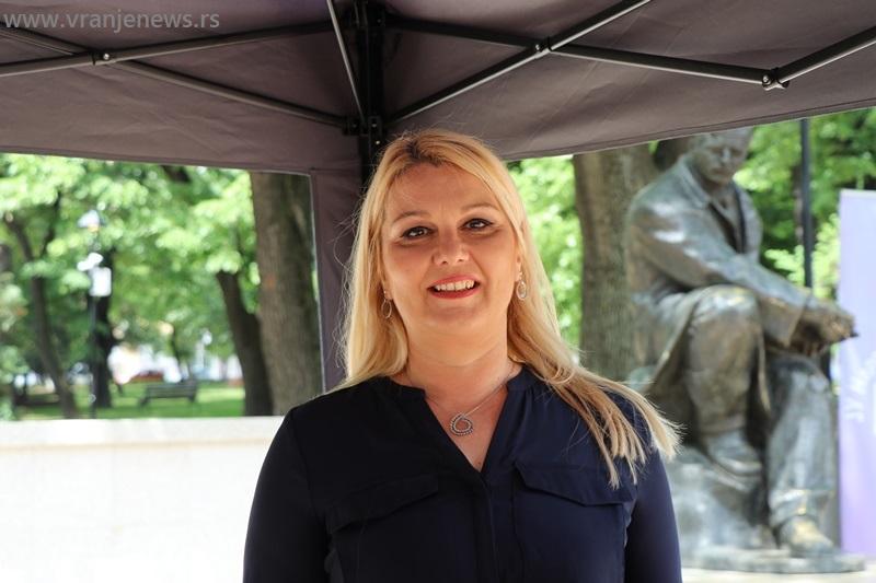 Podrška talentovanim učenicima i njihovoj kreativnosti: Gordana Dimitrijević, direktorka NU. Foto Vranje News
