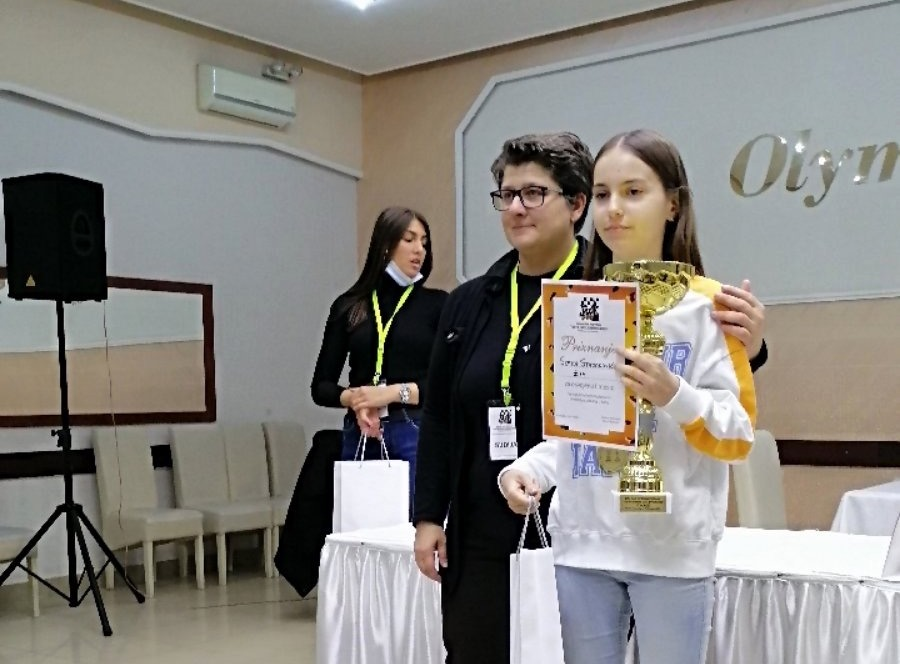 Zlato u uzrastu do 14 godina: Sofija Stojanović. Foto Šah klub Vranje