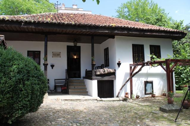 U južnomoravskom stilu, sa otvorenim tremom: Borina kuća. Foto VranjeNews