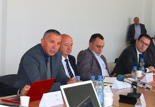 Razočarenje zbog politizacije privatizacije: Šaip Kamberi na skupu u Bujanovcu. Foto VranjeNews