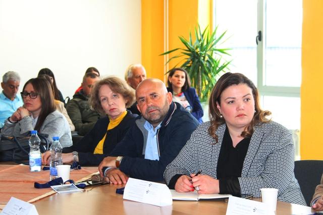 Ja sam prvi, jedini i poslednji Albanac koji je neposredno učestvovao u procesu privatizacije u Srbiji: Nedžat Behljulji na panel diskusiji. Foto VranjeNews