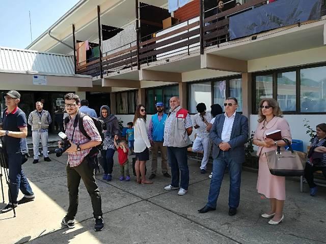 Funkcioneri grada dočekuju visoke goste. Foto VranjeNews