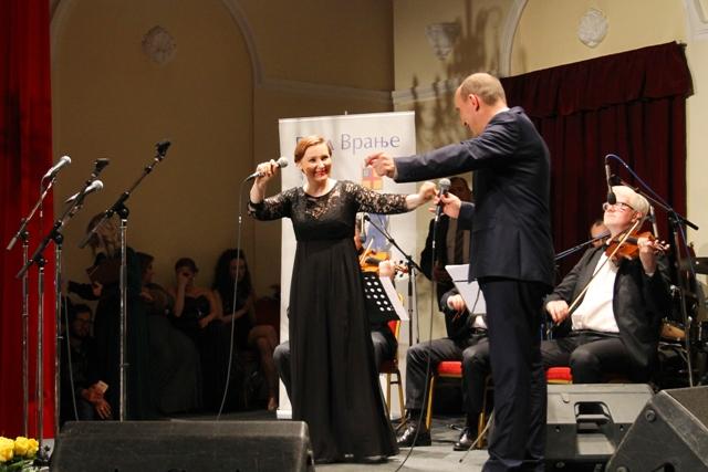 Ivana Tasić i Branimir Stošić Kace. Foto VranjeNews