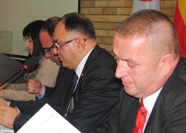 Demonstrirani snaga i jedinstvo stranke. Foto VranjeNews